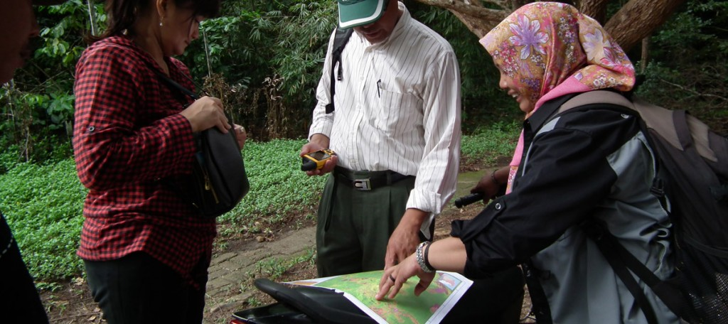 Verication process for community forest at Laman satong (2)